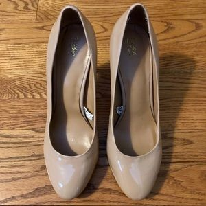 Mossimo Supply Co. Nude Patent Pumps